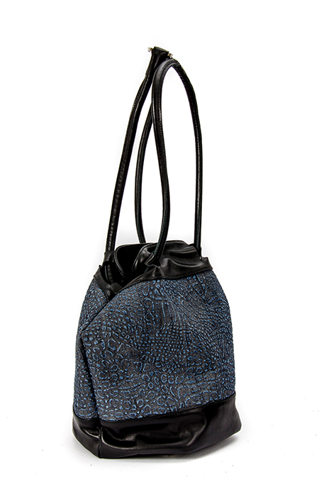 PRINTED DENIM BUCKET BAG